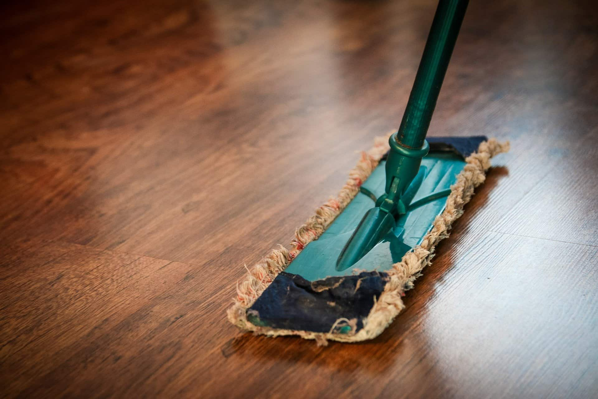 Jak sprzątać małe mieszkanie? Szybkie i efektywne sposoby
